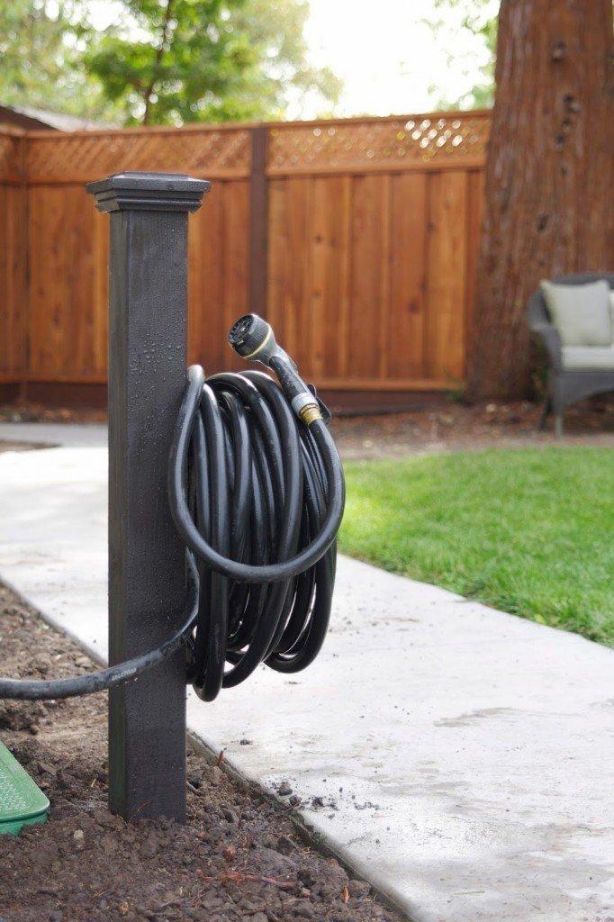 15 Amazing DIY Garden Hose Reel Plans | TreillageOnline.com